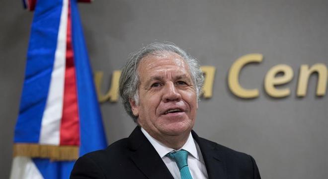 Luis Almagro, secretário-geral da OEA, lidera missão de observação das eleições
