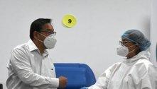 Presidente da Bolívia recebe 1ª dose da vacina contra covid-19