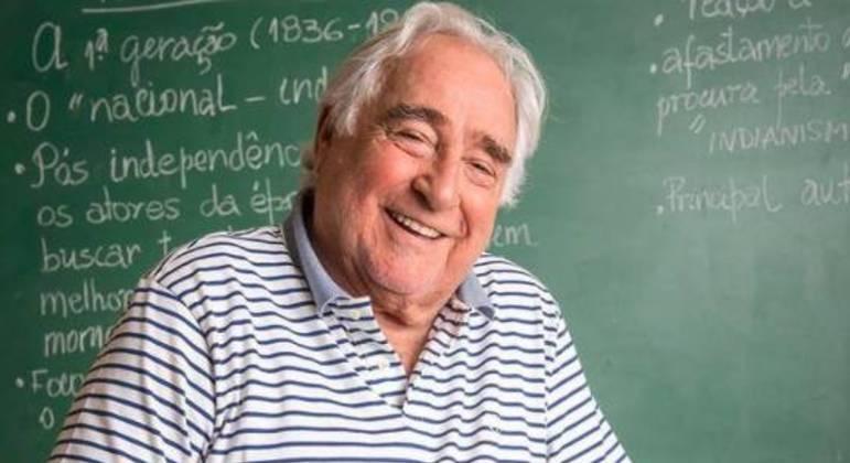 Luis Gustavo tinha 87 anos
