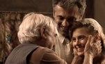 Carolina Dieckmann, atriz'Ahhhh, Tatá, você era gentileza e doçura, além do talento extraordinário e um carisma arrebatador. Deus deve estar te dando um daqueles abraços de que vamos sentir mais saudade. Agora você e Domingos (Montagner) estão juntos… e um dia, estaremos todos. Meus sentimentos a Cassinho, tato e toda família. muito amor'