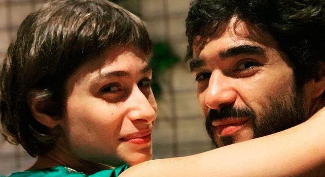 Luisa e Caio se conheceram durante peça de teatro em 2009