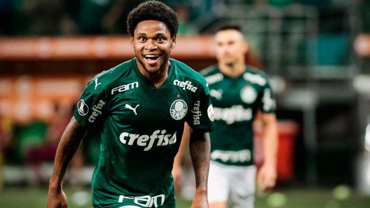 Luiz Adriano (atacante) - seis jogos e dois gols