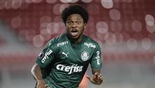 Palmeiras atropela o River e fica perto da final da Libertadores: 3 a 0