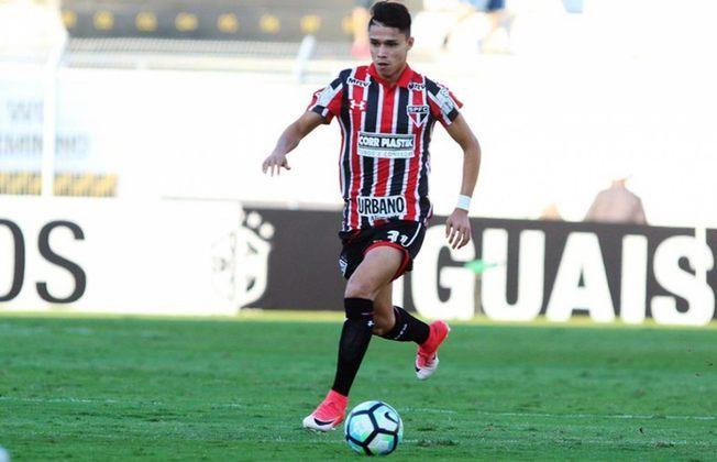 LUIZ ARAÚJO - Atacante estreou na equipe profissional em 2016, promovido por Edgardo Bauza, e marcou nove gols ao longo de 49 jogos antes de ser negociado com o Lille, da França, por 10,5 milhões de euros (R$ 38 milhões na ocasião) no início de 2017. Marcou gols contra os três maiores rivais do Tricolor.
