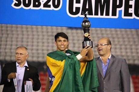 Luiz Araújo foi campeão da Libertadores sub-20