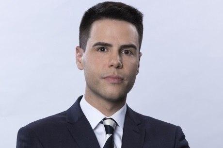 Luiz Bacci apresenta o Cidade Alerta na Record TV