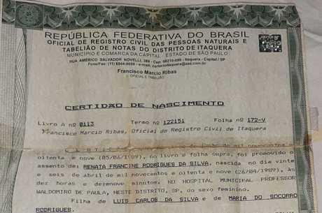Nome do cantor aparece na certidão de Renata