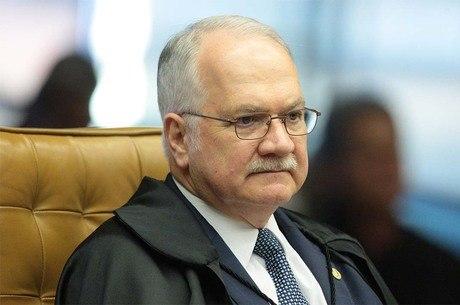 Fachin é relator no Supremo dos processos da Lava Jato