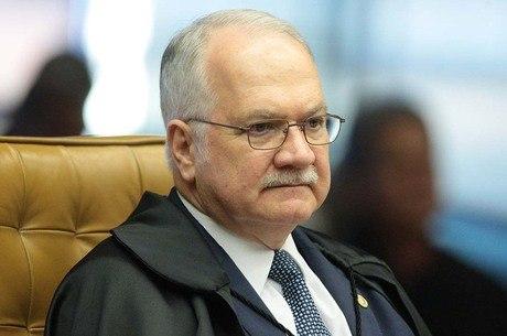 Fachin nega novo pedido de liberdade de Lula