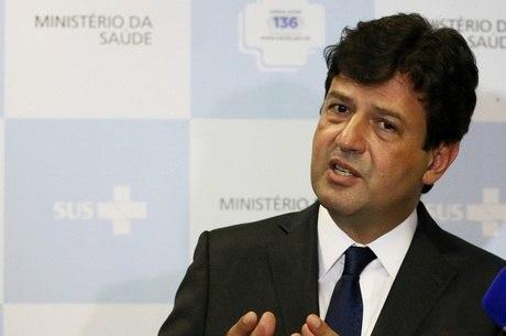 Ministro da Saúde fez avaliação diária da doença