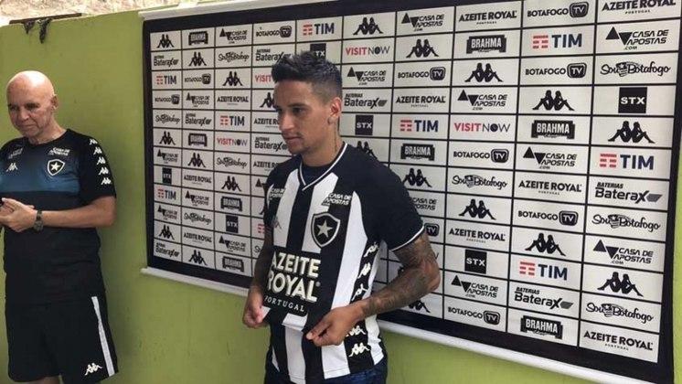 LUIZ OTÁVIO atuou em 17 partidas nesta temporada. Ainda não marcou.