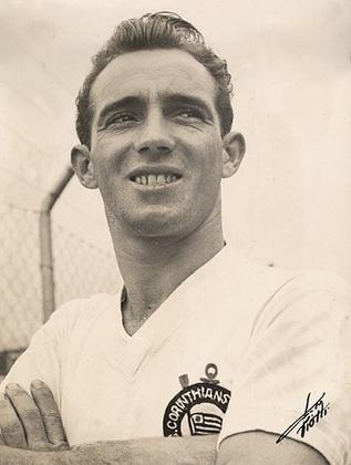 Luizinho - Vestiu a camisa do Timão entre 1948 e 1960 e entre 1964 e 1967, atuando em 606 jogos (segundo na história do clube) e marcando 175 gols. Conquistou seis títulos com o Corinthians.