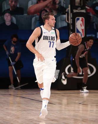 Luka Doncic (Dallas Mavericks) 9,5 - Doncic começou extremamente nervoso, errando lances bobos e o Clippers abriu 18 a 2 nos minutos iniciais. Depois, o astro reencontrou-se no jogo e saiu de quadra com 42 pontos, nove assistências e sete rebotes, além de 11 erros ofensivos