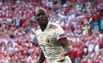 3º - Romelu LukakuO centroavante belga, da Inter de Milão, está na terceira colocação. O camisa 9 está sendo avaliado em 100 milhões de euros, equivalente a R$ 587 milhões