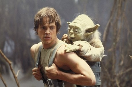 Luke Skywalker e Yoda em o Império Contra-Ataca