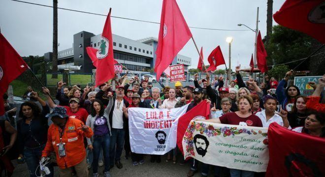 Lula passou os últimos 19 meses em carceragem da PF em Curitiba