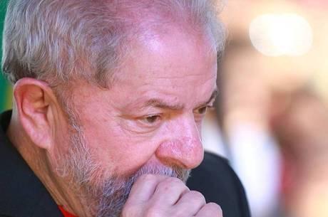 Pedido de Lula para evitar prisão será julgado amanhã no STF