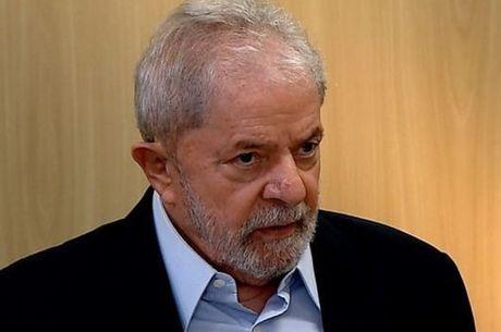 Por 4 a 1, turma decide manter Lula preso no primeiro habeas corpus