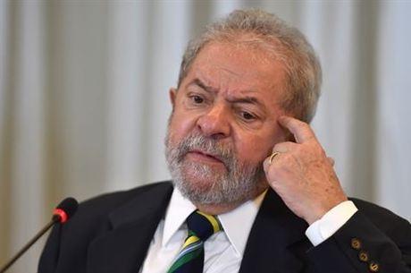 Justiça determina confisco de bens de Lula