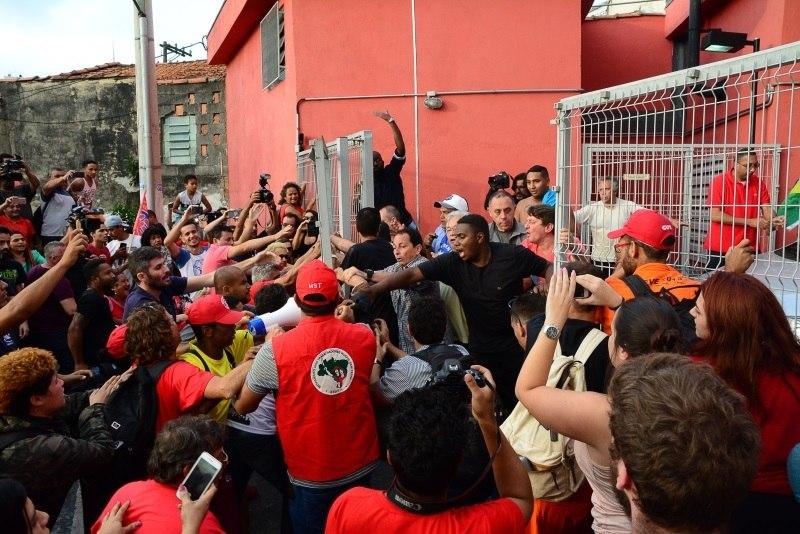 PT capixaba organiza caravana a Curitiba para apoiar Lula