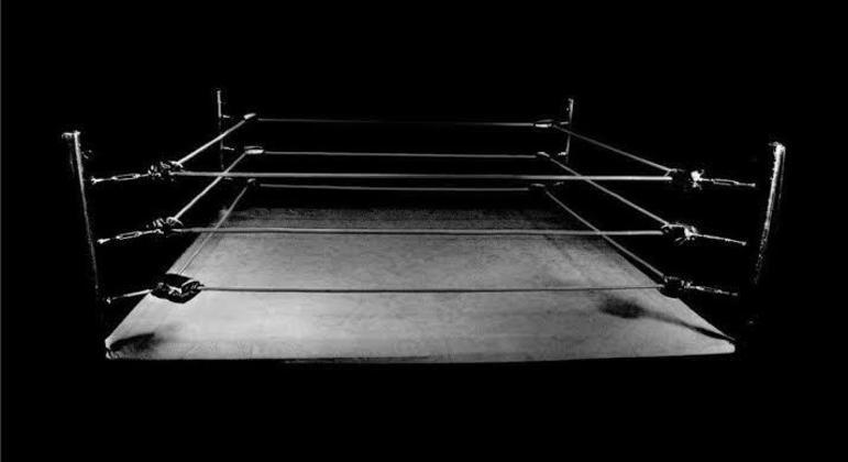 Há mais de um ano parada, lutadora enfrenta machismo de colegas de equipe
