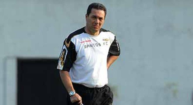 Luxemburgo. Novo fracasso com o Santos na Libertadores. 2007
