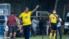 Invicto, expulso, tem o Cruzeiro, com dívida de R$ 1 bilhão, nas mãos. Aos 69 anos, Luxa renasce na Segunda Divisão