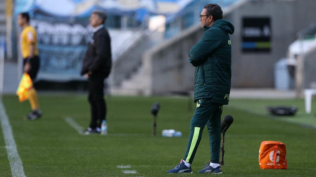 Renato Gaúcho deveria agradecer a 'ajuda' de Luxemburgo no empate