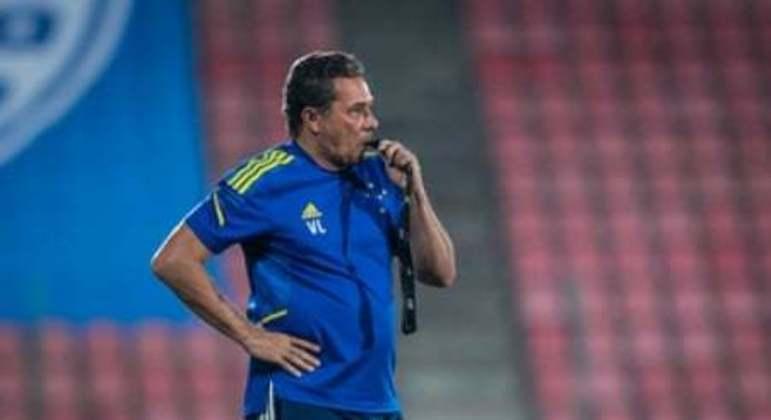 Luxemburgo saiu de campo revoltado com o árbitro Rodrigo Dalonso