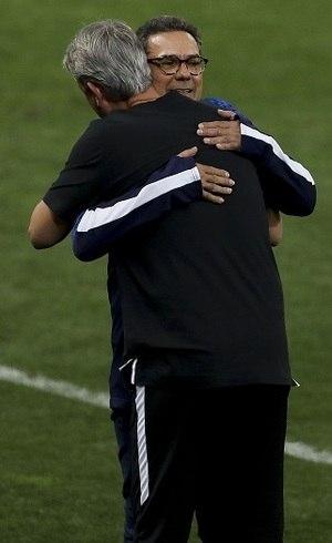 Luxemburgo abraça Nunes