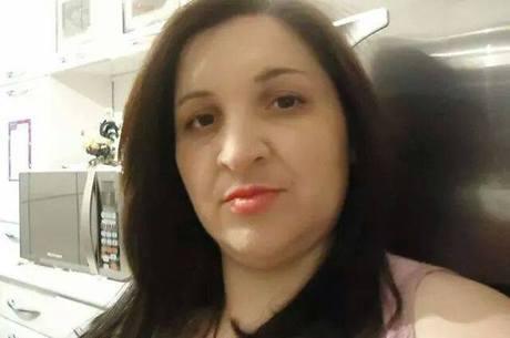 Vânia trabalhou durante quase 5 anos na informalidade