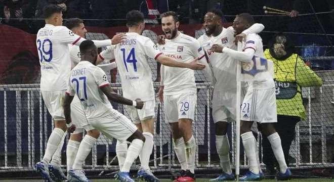 O Lyon, na data do 1 X 0 sobre a Juventus