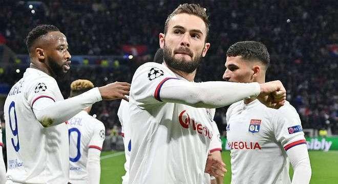 Imprensa francesa garante. Lyon entrará 'selvagem' para o jogo de sexta