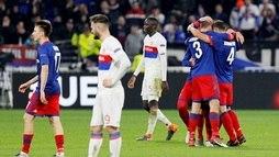 Uefa denuncia Lyon por racismo e time pode ser suspenso por um ano ()