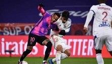 Neymar celebra volta ao PSG e brinca com 'rival' Lucas Paquetá: 'Tentou ficar com minha camisa'
