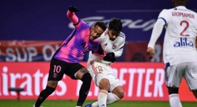 Lyon x PSG - Neymar e Lucas Paquetá