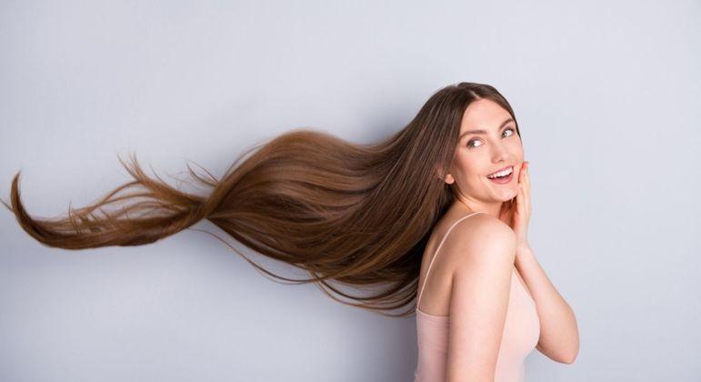Madeixas longas e saudáveis: saiba como acelerar crescimento dos cabelos