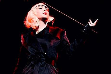Madonna se pronunciou após shows cancelados