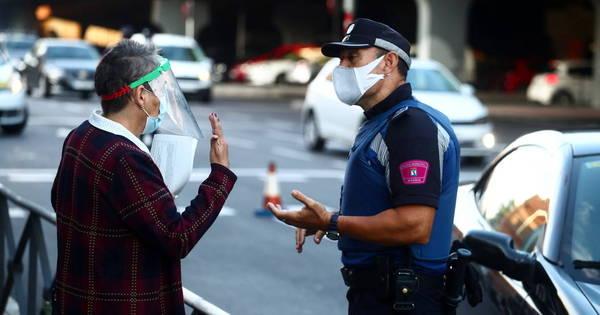 Madri pede mais médicos e policiais após aumento de casos de covid-19