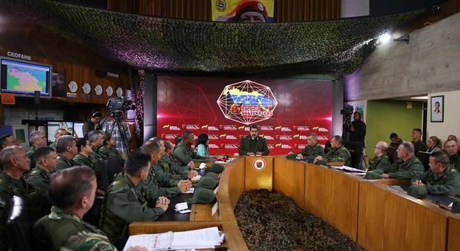 Maduro durante anúncio de exercícios militares na Venezuela