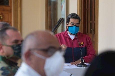 """""""Na Venezuela, é o começo da pandemia"""", disse Maduro"""