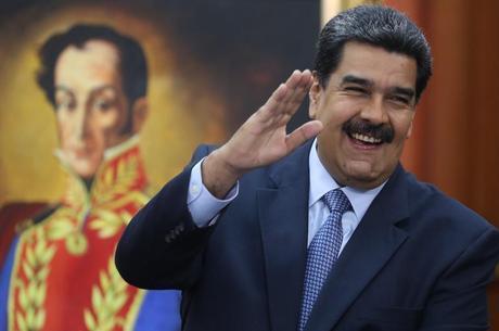 Maduro toma posse nesta quinta-feira (10)