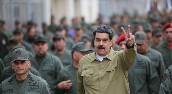 Maduro ainda tem o apoio da cúpula das Forças Armadas