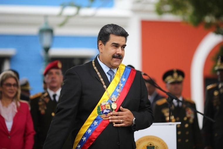 Maduro pede a Guaidó que convoque eleições para vencê-lo