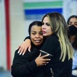 A mãe do funkeiro, Valquiria Nascimento, também criticou as amizades do filho e disse que o alertou