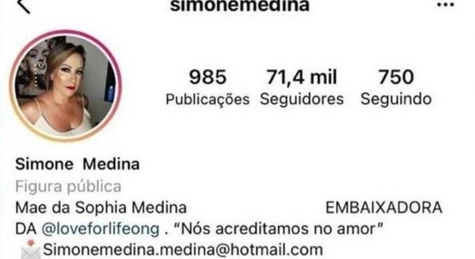 Perfil de Simone sem  o nome de Gabriel Medina na biografia