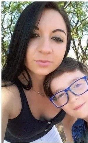 Alexandra e o filho Rafael