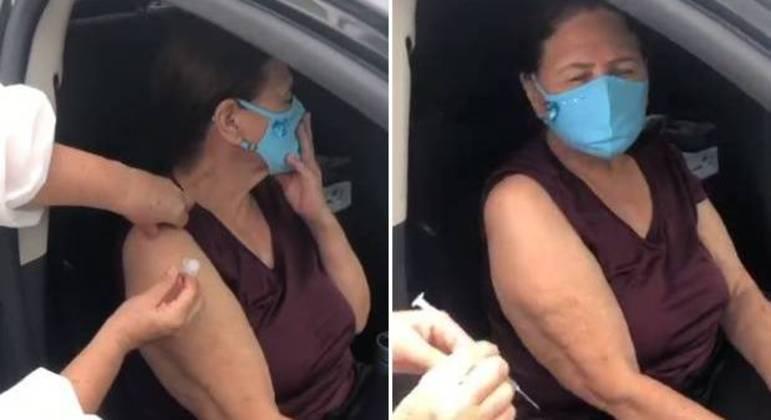 Dona Helena recebeu a primeira dose da vacina contra a covid-19
