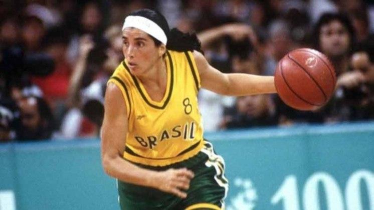 Magic Paula - Ao lado de Hortência, marcou seu nome da história do basquete feminino brasileiro ao conquistar a medalha de prata nos Jogos Olímpicos de Atlanta, em 1996. Contudo, jamais conquistou o ouro olímpico na carreira.