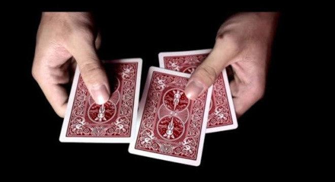Mágicas com baralho - 13 truques para você impressionar os amigos